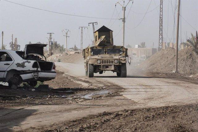 Vehículo de las Fuerzas Democráticas Sirias (FDS) en la ciudad siria de Hayin
