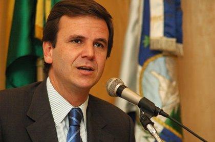 El exalcalde de Río de Janeiro Eduardo Paes, imputado por corrupción y blanqueo de capitales