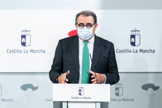 El consejero de Sanidad de C-LM, Jesús Fernández Sanz