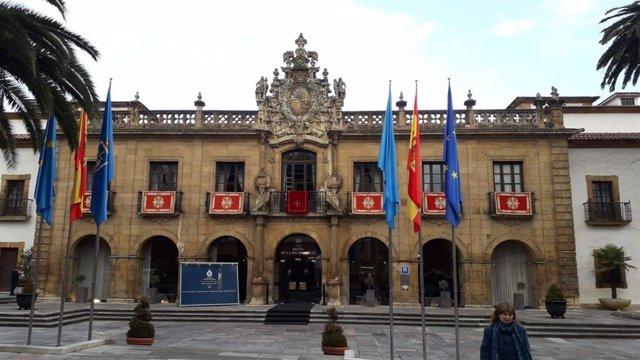 El Hotel de la Reconquista de Oviedo, engalanado por la celebración de los Premios Princesa de Asturias en 2018.