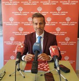 El secretario autonómico de Escuales Católicas en Castilla y León, Leandro Roldán.