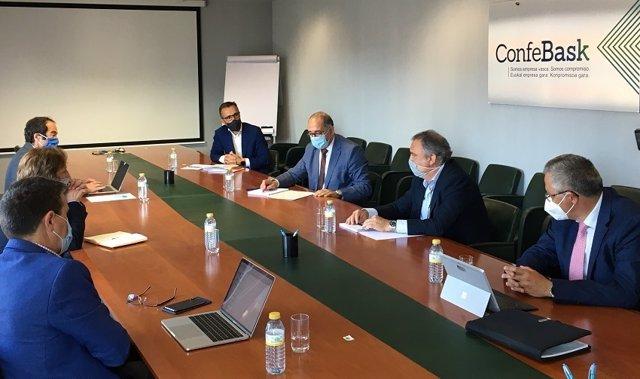 Reunión del grupo de Trabajo Universidad + Empresa del Consejo Vasco de Universidad en Bilbao.
