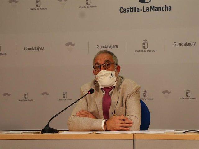 El delegado de Educación, Cultura y Deportes de la Junta en Guadalajara, Ángel Fernández-Montes