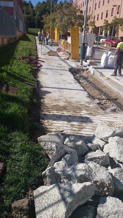 El Ayuntamiento de Pamplona inicia la renovación de aceras de las calles Martín de Zalba y Ramón Aguinaga de Mendillorri