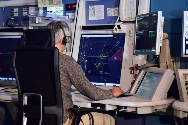Controlador aéreo de Enaire