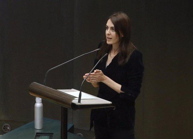 La portavoz adjunta de Más Madrid, Rita Maestre, interviene en el pleno extraordinario celebrado en el Ayuntamiento de Madrid.