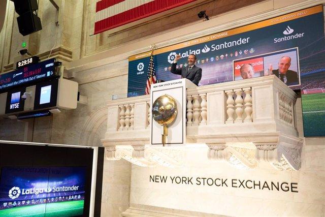 LaLiga Santander protagonizó el tradicional toque de campana de la Bolsa de Nueva York