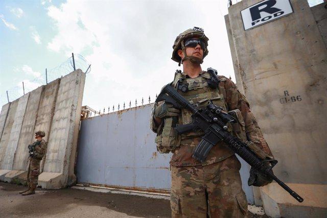 AMP.- Irak.- EEUU reducirá de 5.200 a 3.000 militares el volumen de su contingen