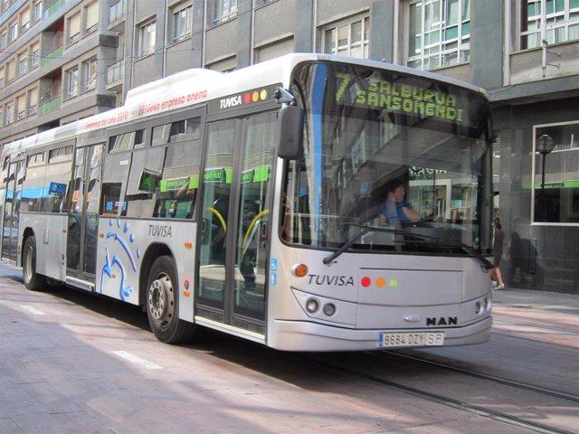 """Vitoria prevé recuperar el 14 de septiembre """"gran parte"""" de las frecuencias habituales en los autobuses urbanos"""