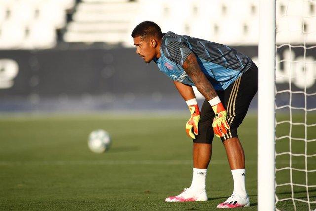 Alphonse Areola entrenando con el Real Madrid