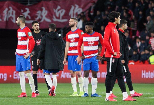 AV.- Fútbol.- Competición prohíbe los partidos en viernes y lunes a 48 horas del