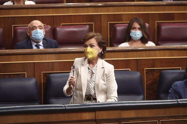 El Gobierno pide al PP su abstención en los PGE y dice que no va a congelar el s