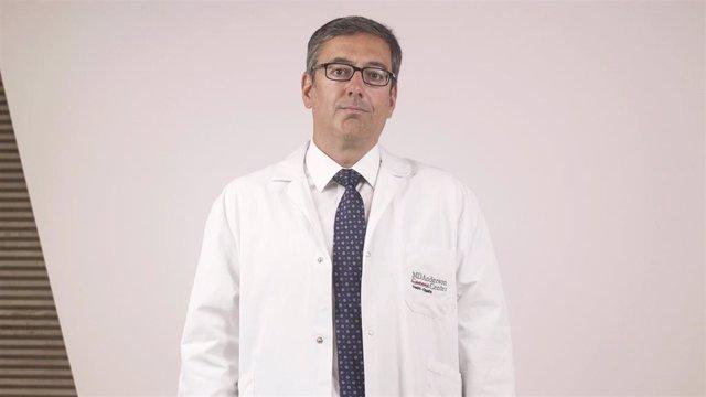 Dr. Adolfo de la Fuente