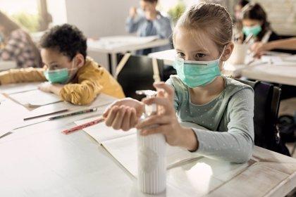 5 consejos para que los niños usen las mascarillas en el colegio