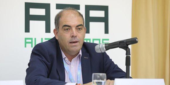 7. Lorenzo Amor (ATA) advierte a Escrivá que no apoyarán una propuesta que suba la cotización a los autónomos