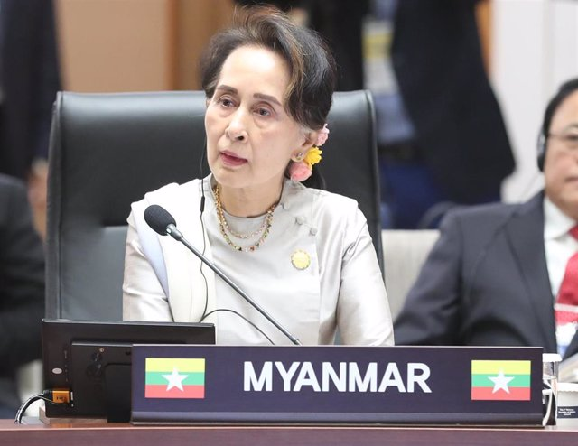 La líder 'de facto' de Birmania, Aung San Suu Kyi