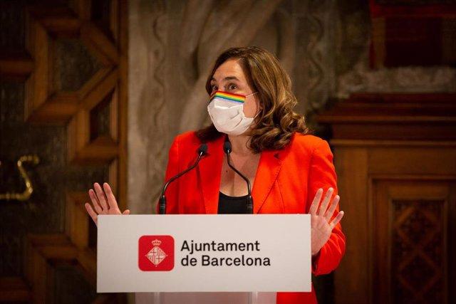La alcaldesa de Barcelona, Ada Colau, una rueda de prensa tras su reunión en el Ayuntamiento de Barcelona, Catalunya (España), a 7 de septiembre de 2020.