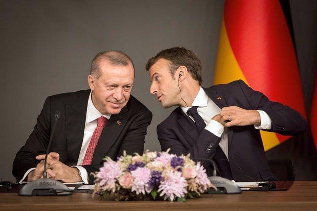 """Grecia/Turquía.- Macron dice que Turquía """"ya no es un socio"""" en el Mediterráneo"""
