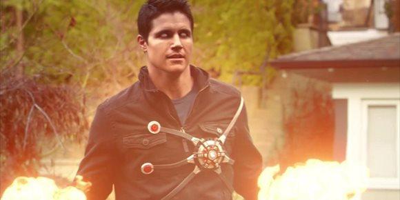 4. ¿Volverá Robbie Amell al CWverso en The Flash como Firestorm?