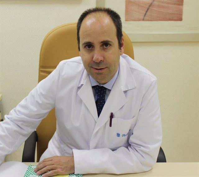 Dr. Javier Cortés