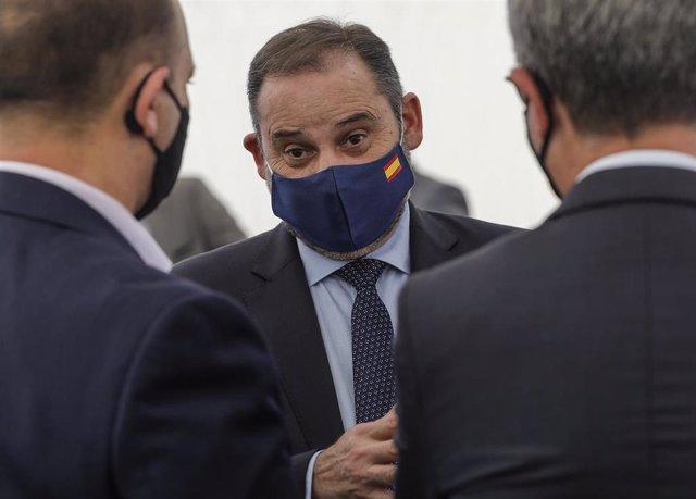 El ministro de Transportes, José Luis Ábalos, en la presentación del Plan 20.000 en València