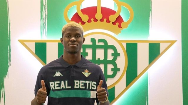 Fútbol.- El Betis promociona al canterano Paul y amplía su contrato hasta 2024