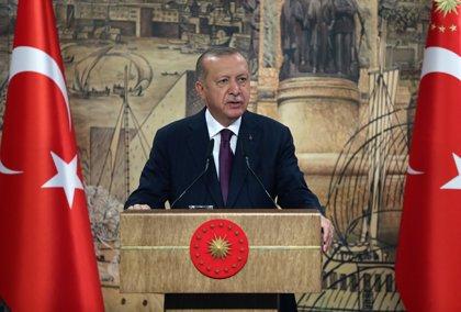 """Los países del sur de la UE advierten a Turquía con nuevas sanciones """"si no progresa en la vía del diálogo"""""""
