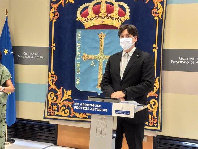El consejero de Ciencia, Innovación y Universidad, Borja Sánchez, en rueda de prensa.