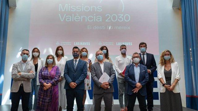 El alcalde de València, Joan Ribó, preside junto a otros miembros de la corporación local el acto de defensa de la ciudad como Capital Europea de la Innovación