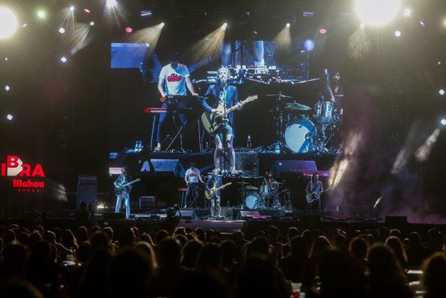 El grupo catalán Sidonie compuesto por Marc Ros, Jesús Senra y Axel Pi durante un concierto en Madrid
