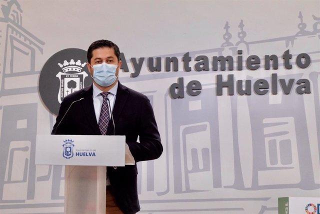 El portavoz del equipo de Gobierno del Ayuntamiento de Huelva, Francisco Baluffo.
