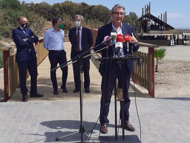 El presidente de la Diputación, Francisco Salado, en un acto en Estepona