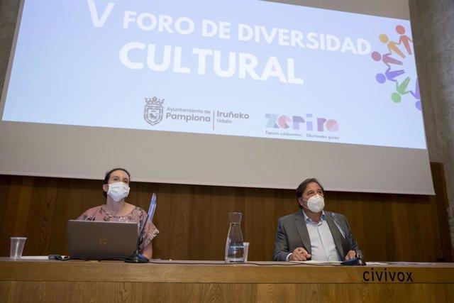 Reunión del Foro de Divesidad Cultural de Pamplona