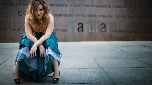Soprano Berna Perles