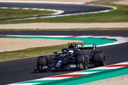 Mercedes recupera el mando y McLaren no logra afinar en Mugello