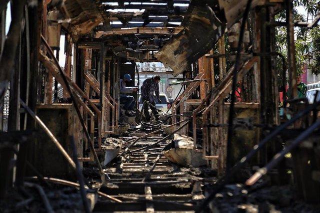 Autobuses incendiados en Bogotá