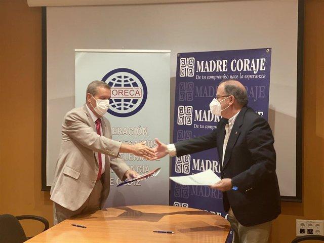 Firma del convenio entre Horeca y Madre Coraje