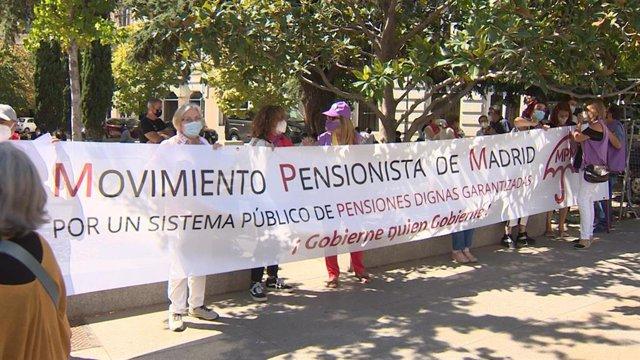 """Movimientos de Pensionistas se reúnen en el Congreso con Valerio para reivindicar """"pensiones públicas dignas"""""""