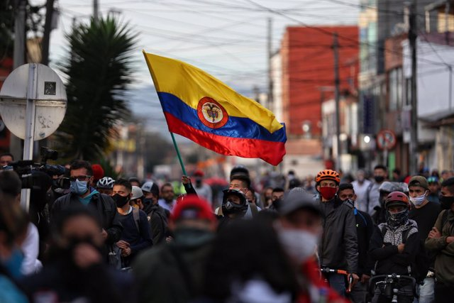 AMP.- Colombia.- Bogotá encara su tercera jornada de protestas contra la brutali