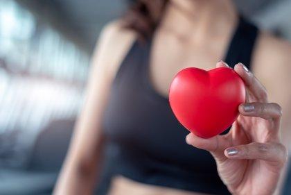 ¿Es verdad que los deportistas de élite tienen el corazón más grande?