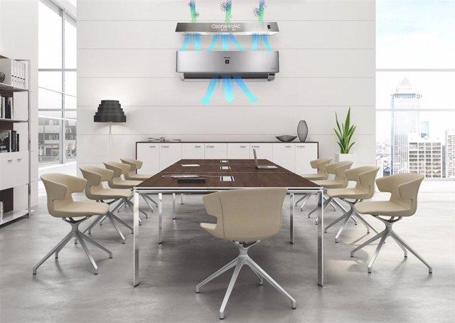 Simulación de oficina con un aparato de desinfección de aire