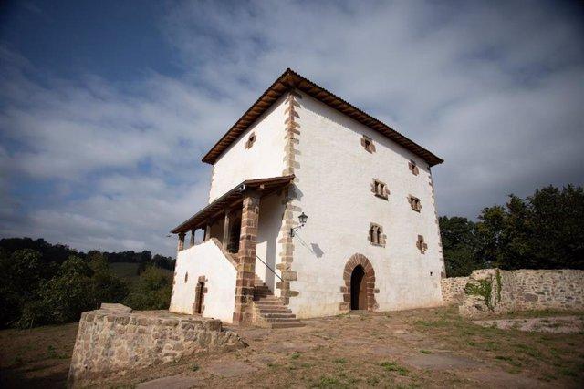 Aspecto actual de la torre Dorrea, finalizada su restauración