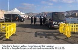 Dispositivo policial para la llegada de pateras al puerto de Arguineguín.