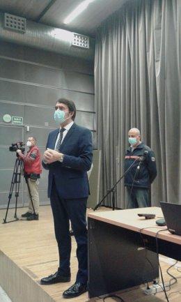 Suárez-Quiñones inaugura el primero de los cursos de formación de Protección Civil en León.