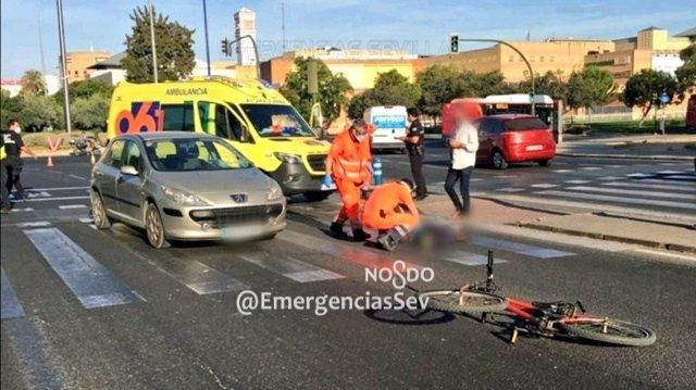 Atropello a un ciclista en la Avenida Andalucía