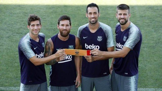 Fútbol.- Messi, Busquets, Piqué y Sergi Roberto repiten como capitanes del FC Ba