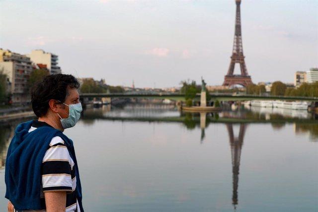 Coronavirus.- Francia informa supera por primera vez los 10.000 nuevos casos de