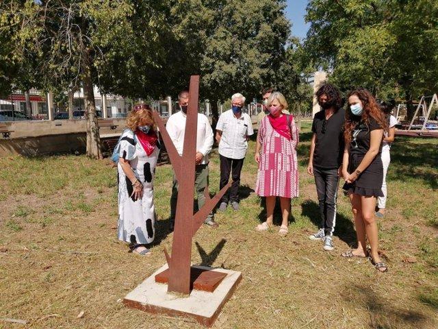 Descubrimiento del Árbol de la Memoria en el cementerio de Manacor.