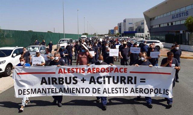 Imagen de archivo del mes de julio de un paro parcial en la planta de Alestis en Aerópolis (Sevilla).