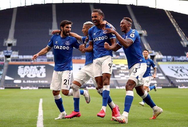 Fútbol/Premier.- El Everton abre la Premier con victoria a domicilio ante el Tot